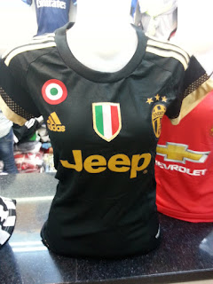 gambar desain terbaru jersey ladies Juventus third musim depan di enkosa sport toko online terpercaya lokasi di jakarta pasar tanah abang