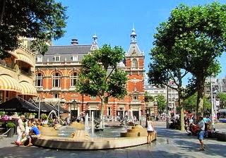 Ledseplein square amsterdam