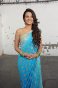 Naziya photos at Aashiqui 2 Telugu Remake-thumbnail-16