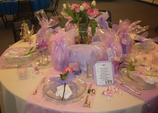 Church Valentine Banquet Ideas, Table of Valentine