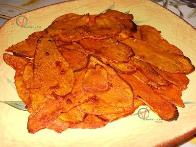 Boniatos al horno con pimentón y ajo.