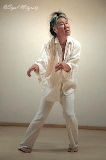 """הרצאה והדגמה לריקוד בוטו ע""""י טדאשי אנדו"""