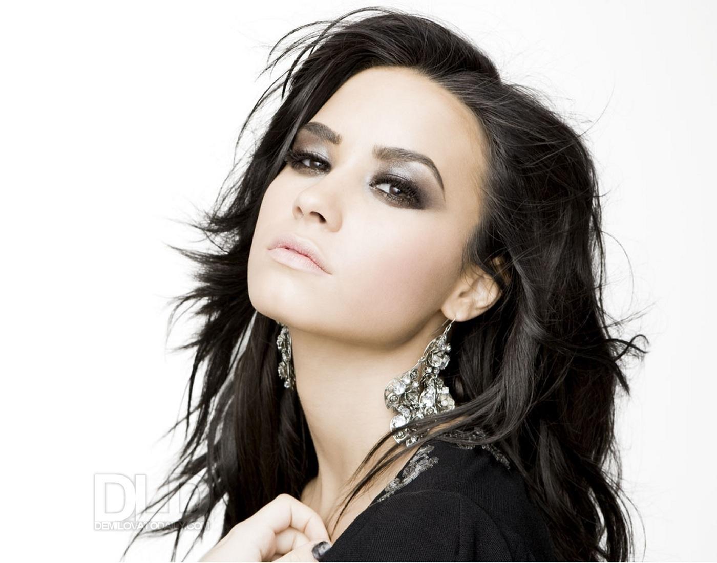 Demi Lovato - Fotos - VAGALUME - VAGALUME - Letras de