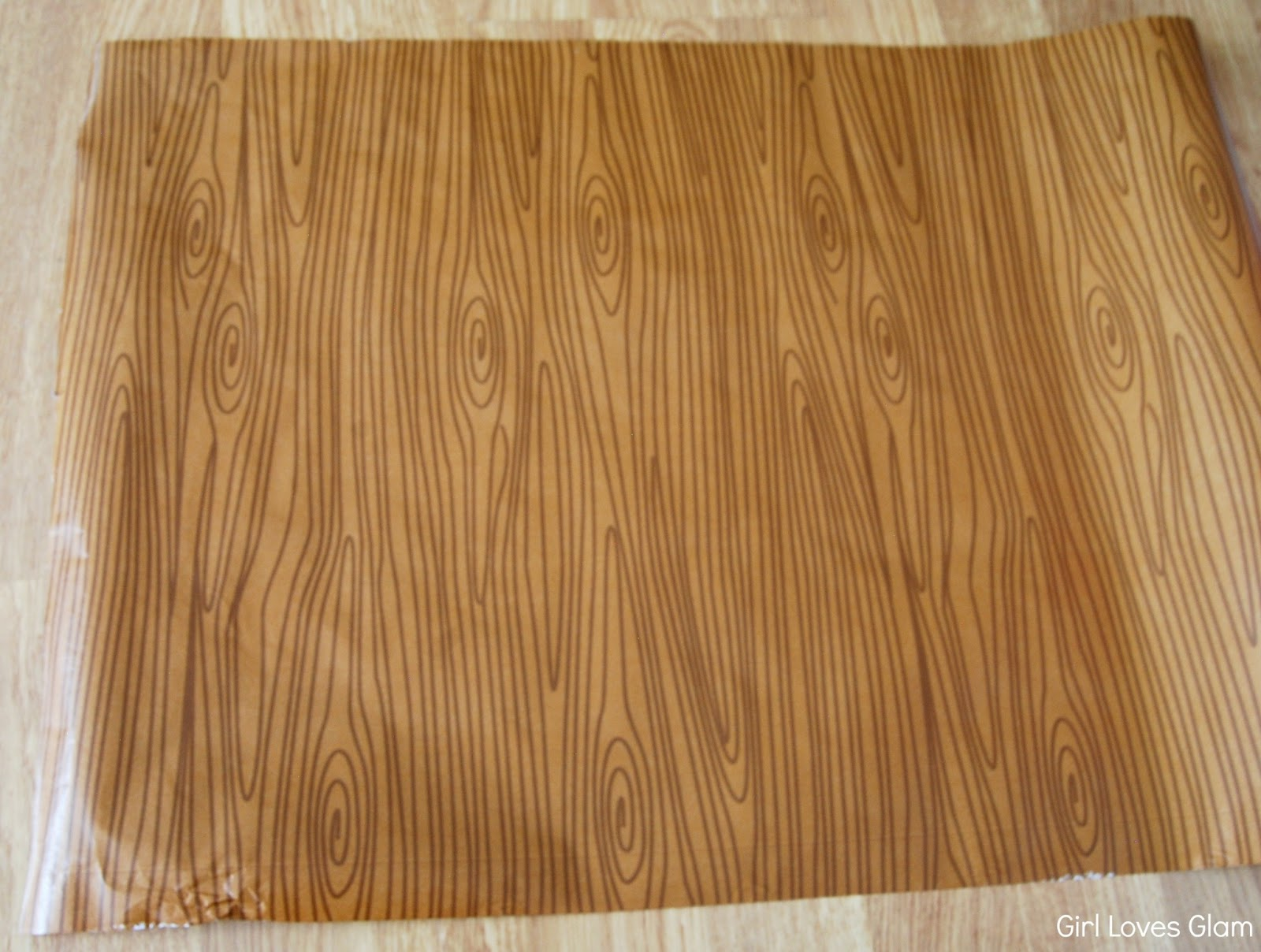 wood wrapping paper Product features is easy to cut and apply with measure-and-cut grid on the backing paper.