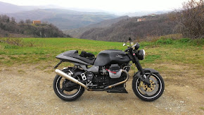 2. Moto Guzzi V11 Sport