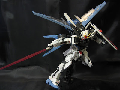 RG 1/144 Aile Strike Gundam by zeo