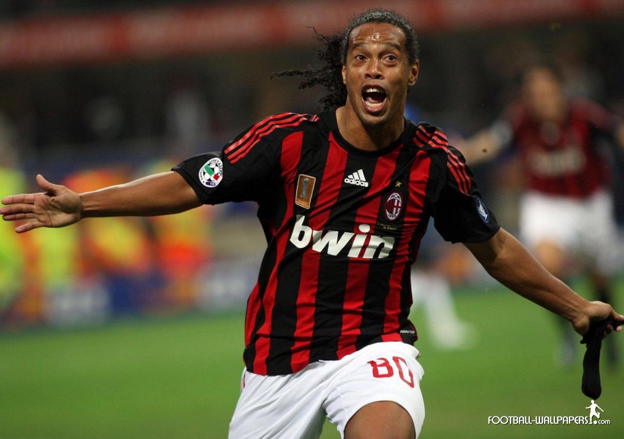 http://1.bp.blogspot.com/-EAY17_7T9RA/Tc7B3rraU_I/AAAAAAAAADQ/uKFgrJVt3Fk/s1600/Ronaldinho1.jpg
