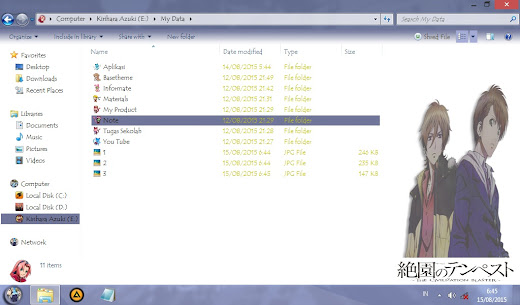 Yoshino to Mahiro – Windows 7 Theme 4