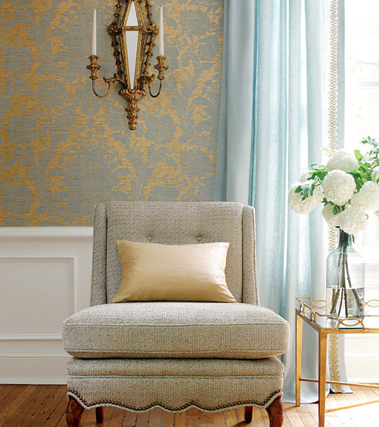 Pleasant living nailheading in design and art for Gold wallpaper living room