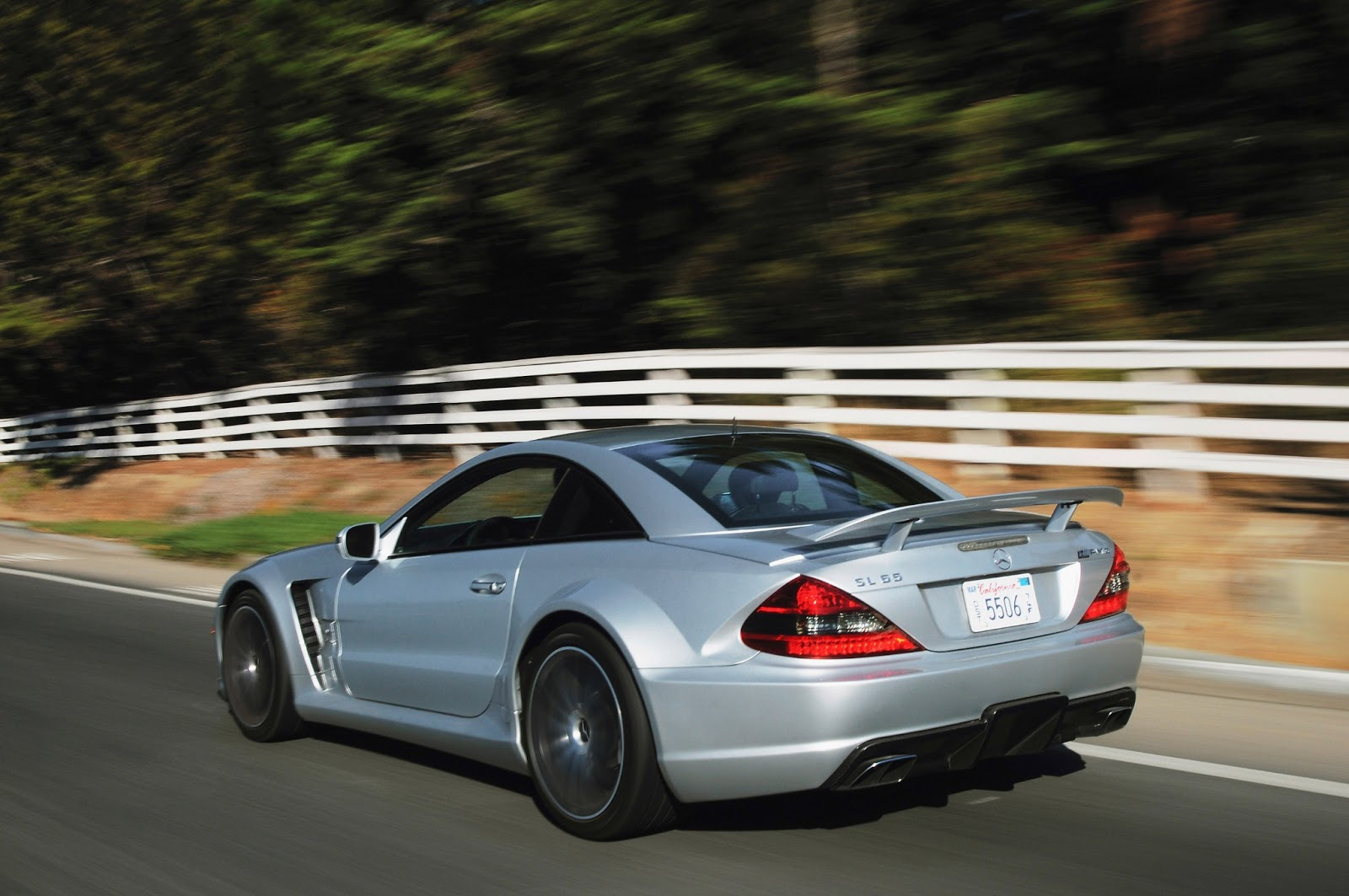 Cars gto 2008 mercedes benz sl 65 amg black series for 2008 mercedes benz sl65 amg