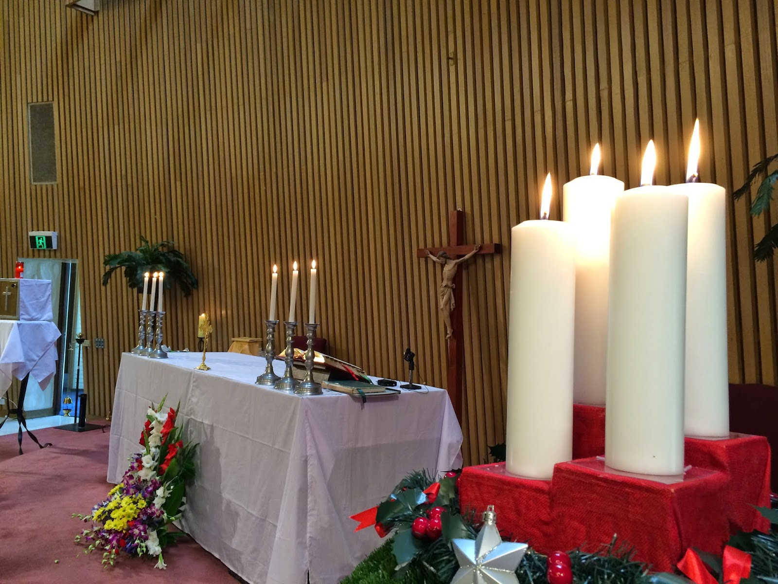 Christmas Day Mass at Monash University, Clayton Campus, 2014