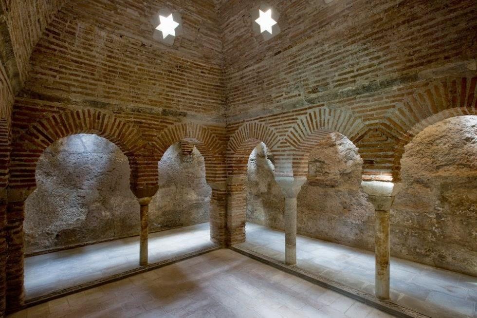 Baños Arabes Mallorca:En España, actualmente, existen 18 instalaciones de baños árabes o