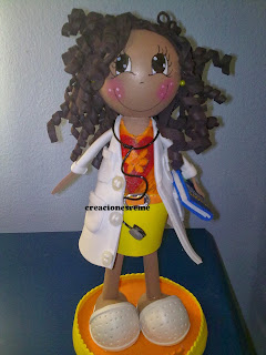 fofucha-creacionesreme-personalizadas-foami -medico