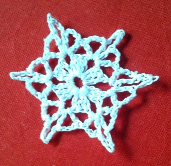 Pretty Snowflake Pattern Free Crochet Patterns