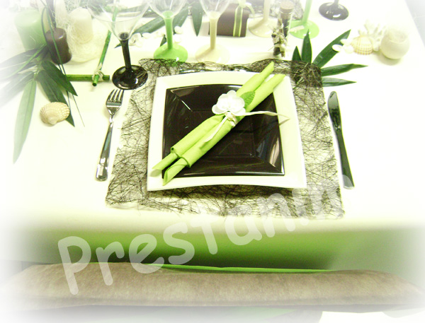 ma d coration de mariage table de mariage zen en marron et vert anis. Black Bedroom Furniture Sets. Home Design Ideas