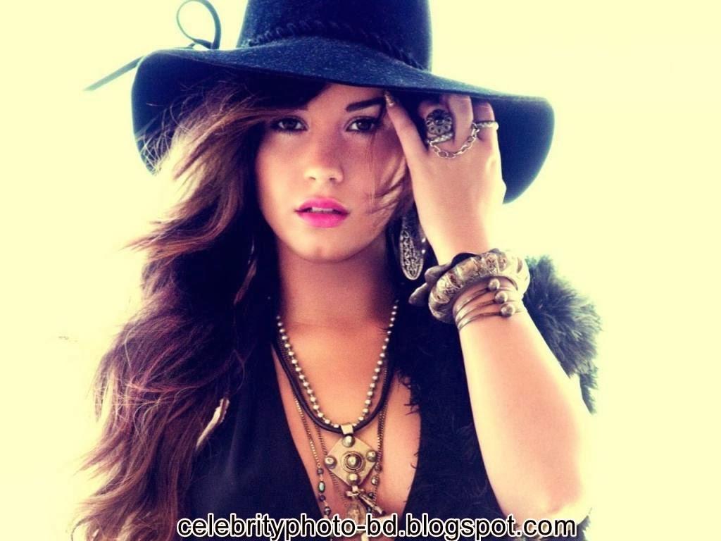 Actress+Demi+Lovato+Photos010