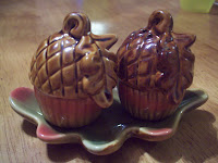 Acorn salt and pepper shakers