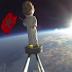 بالڤيديو :  شاب مغربي يرسل مجسم من الارض إلى الفضاء ويعود سليما !