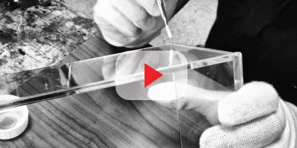Come costruire una teca in plexiglass su misura