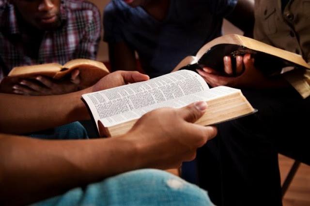 Volvamos a Dios y su palabra