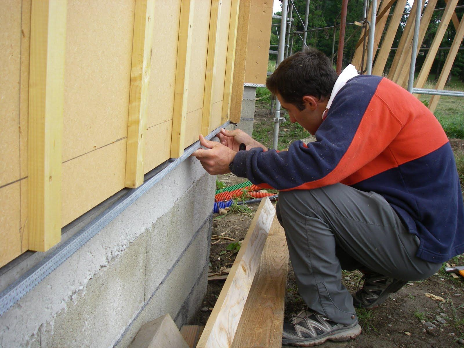 Notre maison ossature bois labelis e bbc dans les pyr n es for Bardage pour maison ossature bois