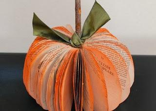 Calabaza de Halloween con Libros o Revistas, Manualidades Faciles Paso a Paso