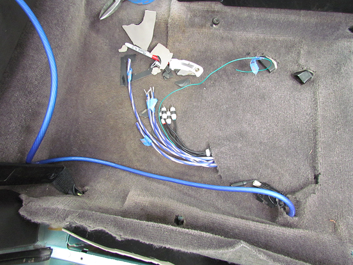 crawls backward when alarmed car stereo amplifier and gauge here s all the stereo wiring ready to connect to the amp