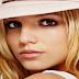 Britney Spears lança música para Os Smurfs 2