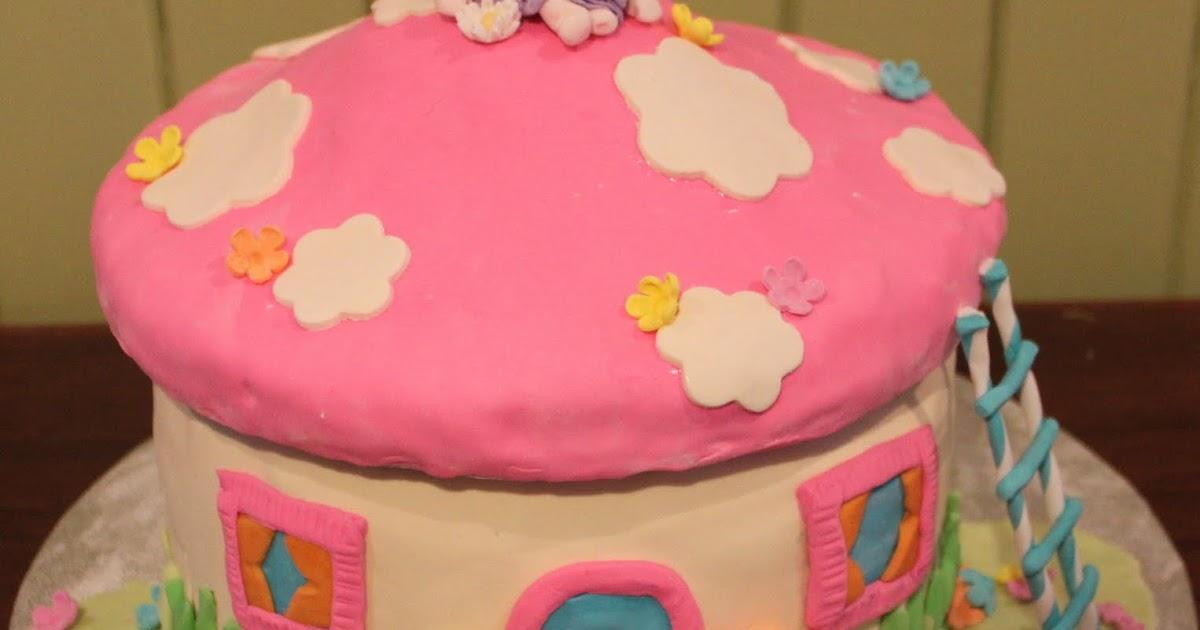 Cake And Art Hours : Crumbs: Fairy Toadstool Cake
