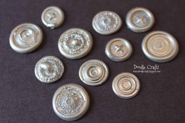 Hot+glue+wax+seals+embellishments+scrapbook+pages+easy+nails+(3)