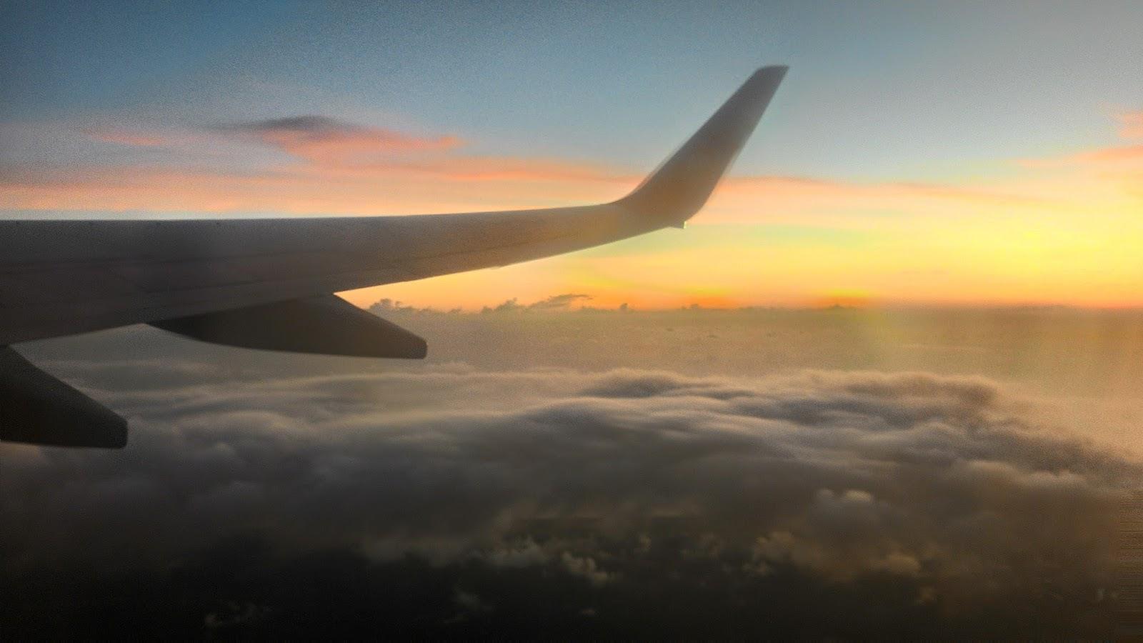 Pemandangan Sunset Dari Atas Pesawat LION JT0633 Bengkulu - Jakarta (BKS - CGK) - Cerita dan Foto