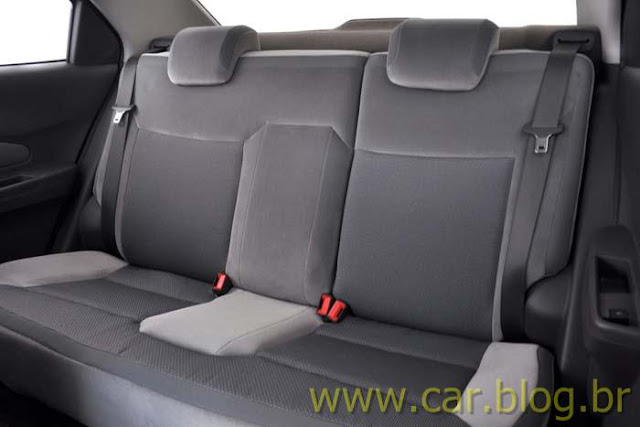 Novo Chevrolet Cobalt 2012 - banco traseiro