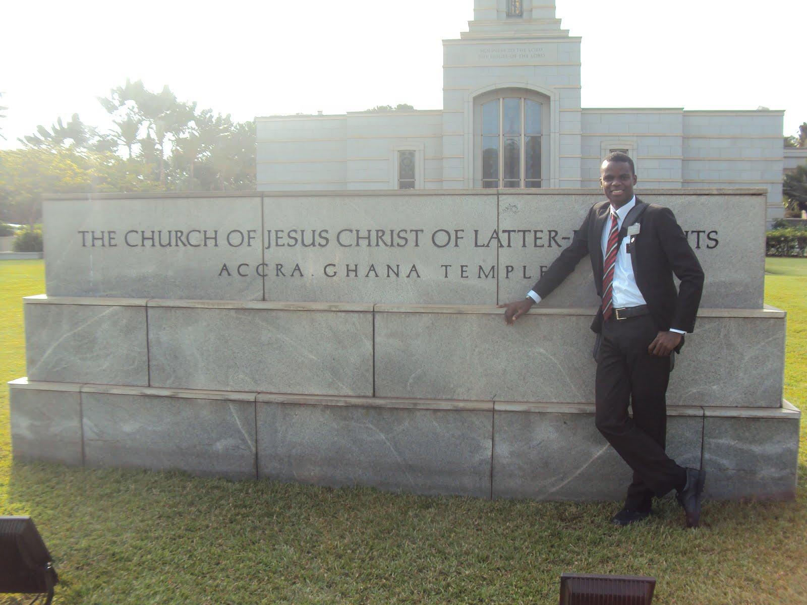 GHANA - ACCRA - TEMPLE