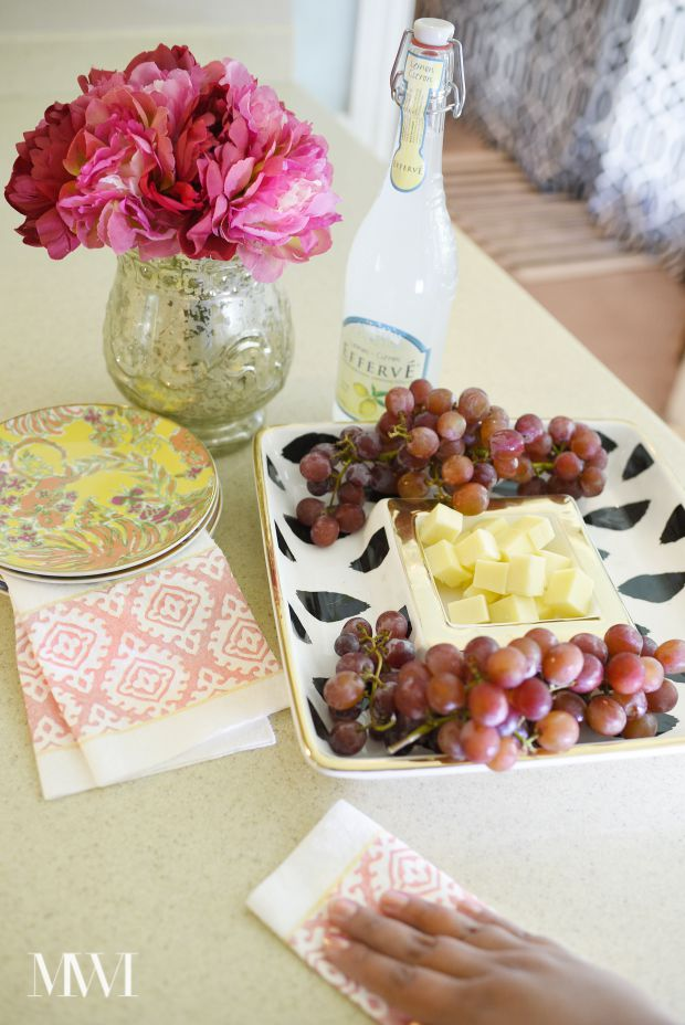 A post featuring paper towels from the new Alyssa Milano partnership with Viva Towels.