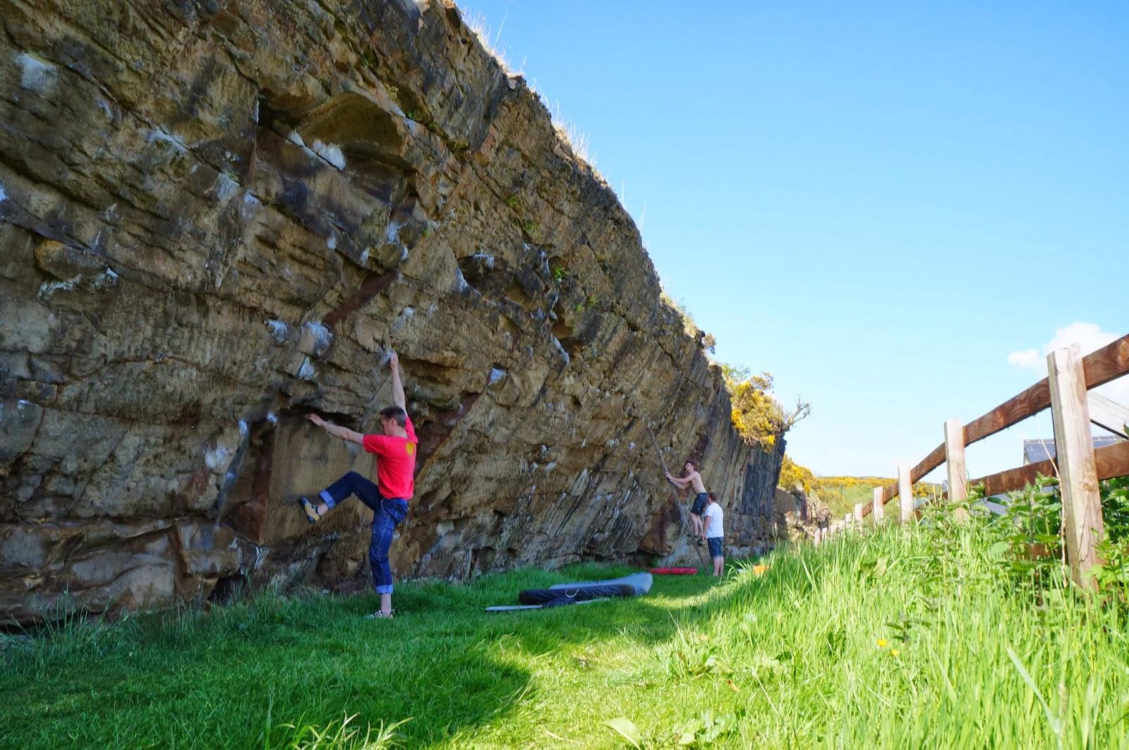 climbing,bouldering, uk, preston, lancashire, grit, steep, craig-y-longridge, longridge, ukc