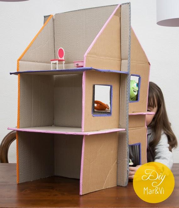 Mar vi blog casa de mu ecas de cart n reciclado - Como hacer una casa de carton pequena ...