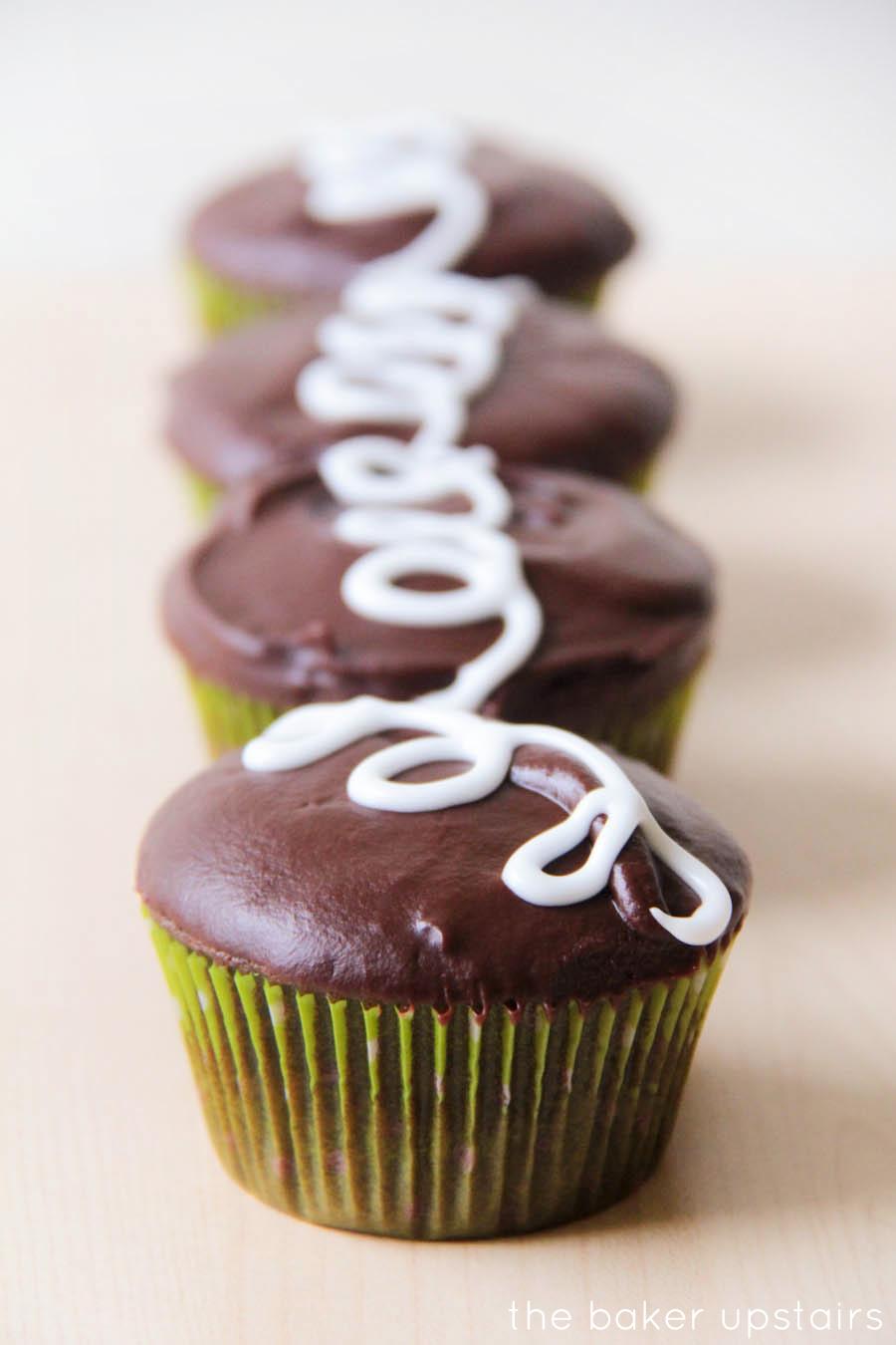 the baker upstairs: homemade hostess cupcakes