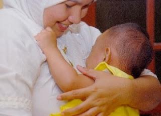 Usia Terbaik Wanita Untuk Menjadi Ibu