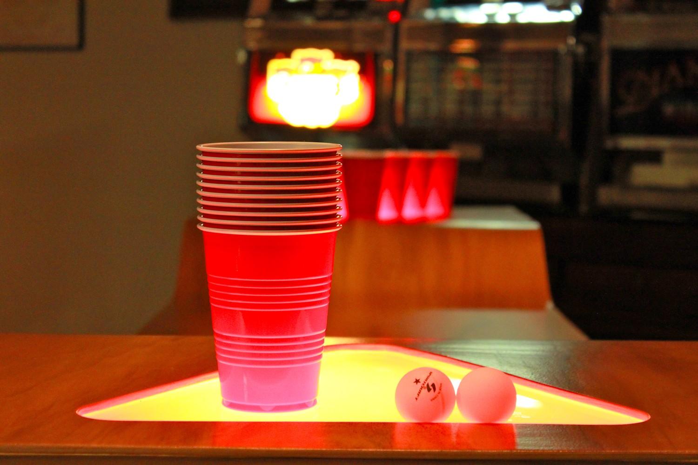 party martyr custom beer pong table. Black Bedroom Furniture Sets. Home Design Ideas