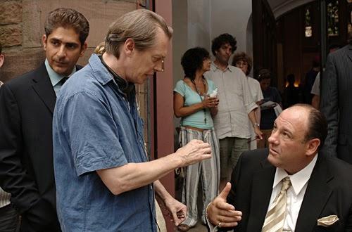 Michael Imperioli, Steve Buscemi y James Gandolfini en el set de Los Soprano