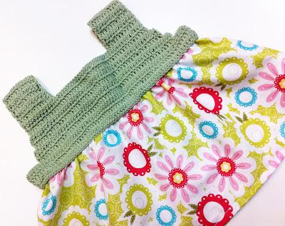 Vestido en crochet y tela