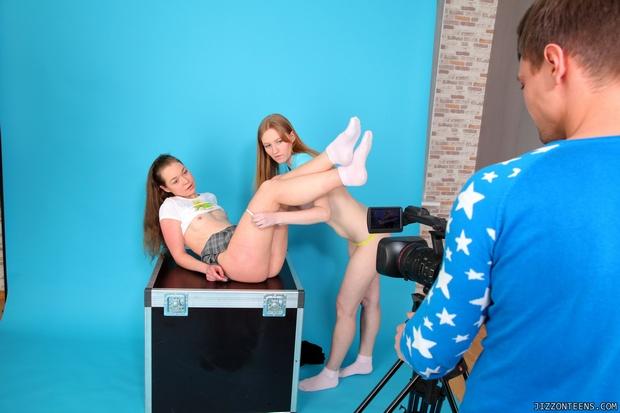 Lésbicas novinhas pagando boquete bem gostoso