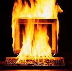 ordenador_ardiendo.jpg