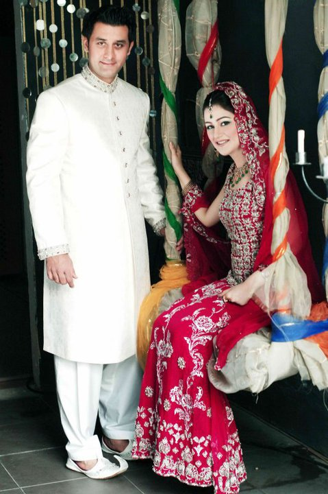 216225 212521482099632 110069679011480 786450 105375 n - Bride And Groom Wear Of The Day 18th July 2o12