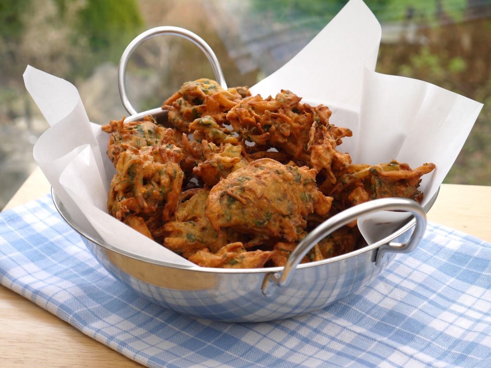 This muslim girl bakes crispy onion bhajis crispy onion bhajis forumfinder Gallery