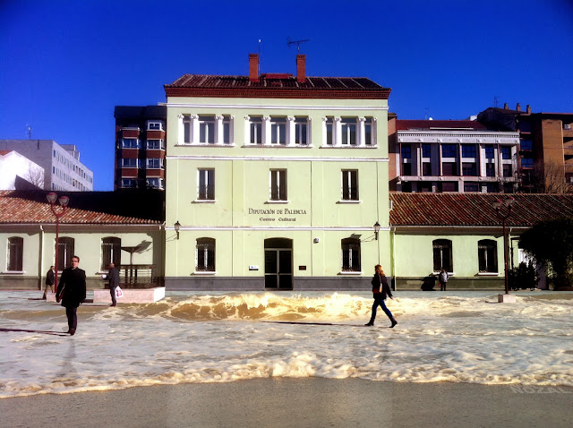 La plaza, 2013 Abbé Nozal