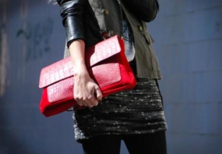 http://1.bp.blogspot.com/-EFW9mH5Kum0/Tgtr6FsrTdI/AAAAAAAAAPk/dnzKuN9zLk4/s1600/Acessorios-vermelhos-1-450x312.jpg