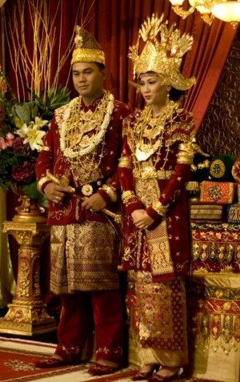 Wewarah Blog Busana Adat Lampung WIKIPEDIA
