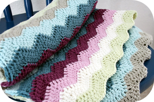 Rippled crochet baby blanket