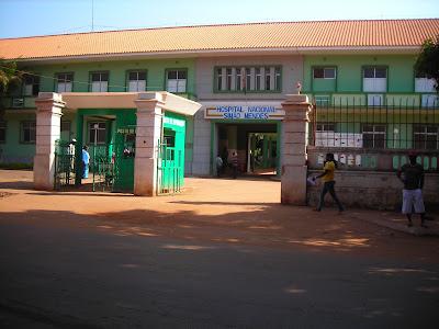 Guiné-Bissau: Solidariedade leva água, comida e combustível ao Hospital Simão Mendes